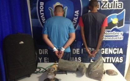 Detenidos por el robo de la estatua de Udón Pérez. Foto: Policía del Estado Zulia.