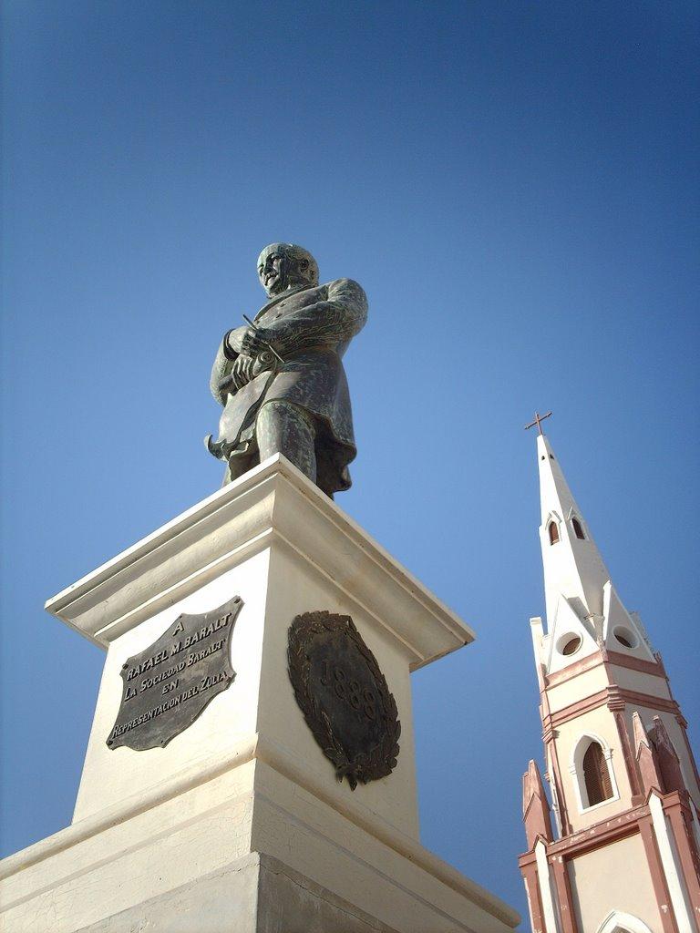 Rafael María Baralt, Plaza Baralt, Maracaibo. Eyralacle, Mapio.net.