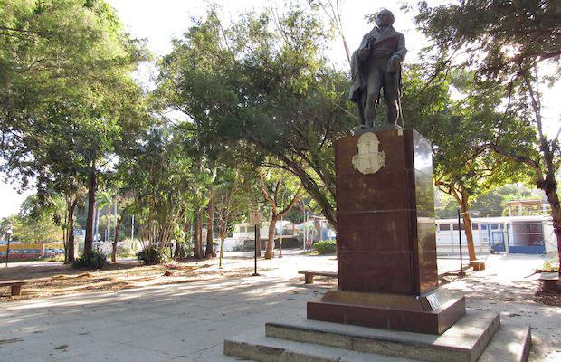 Monumento al Generalísimo Francisco de Miranda. Valencia, estado Carabobo-Venezuela. Foto Lizett Álvarez, julio de 2018.
