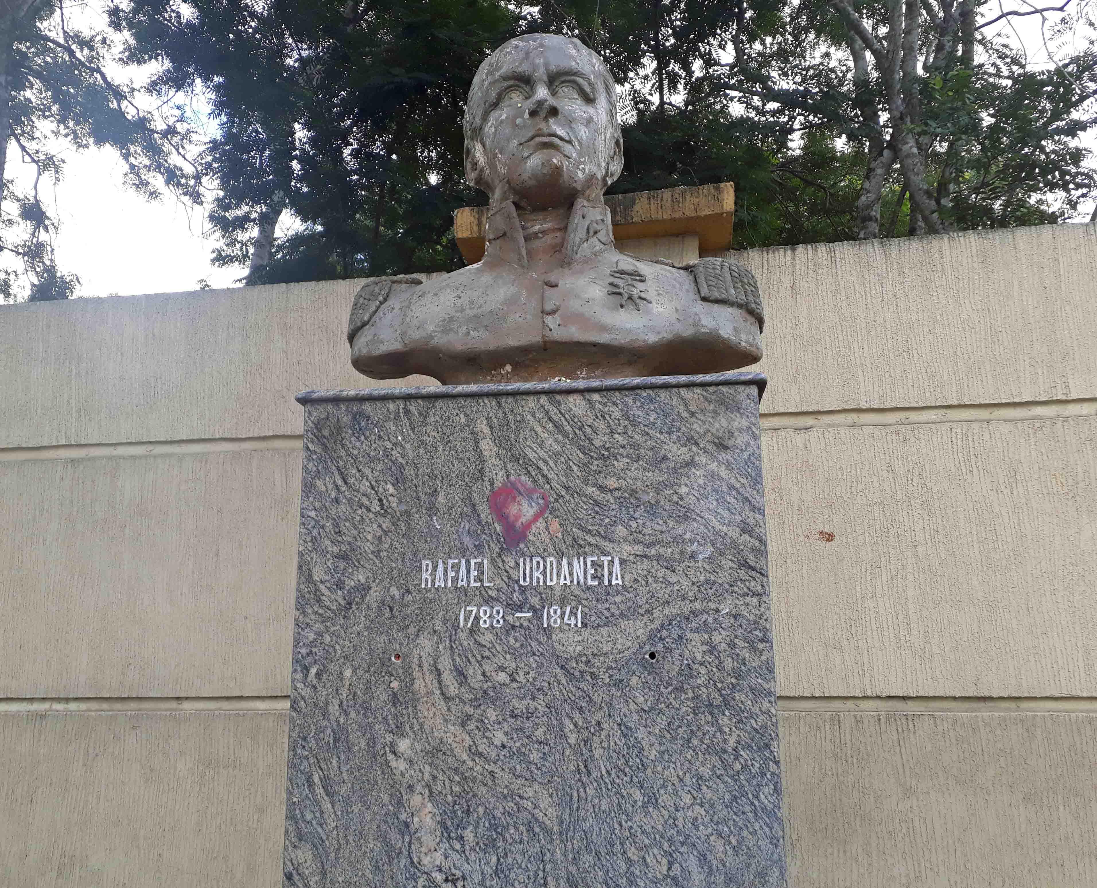 El busto de Rafael Urdaneta es uno de los tres que quedan en el Paseo de Los Próceres, Av. Raúl Leoni de Maturín, Monagas. Foto Jesymar Añez, 12-11-18.