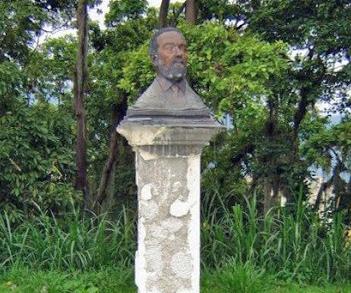 Busto de Benedicto Monsalve