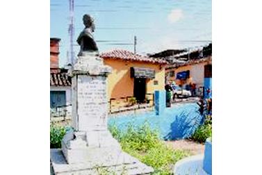 Busto de Ramón Buenahora