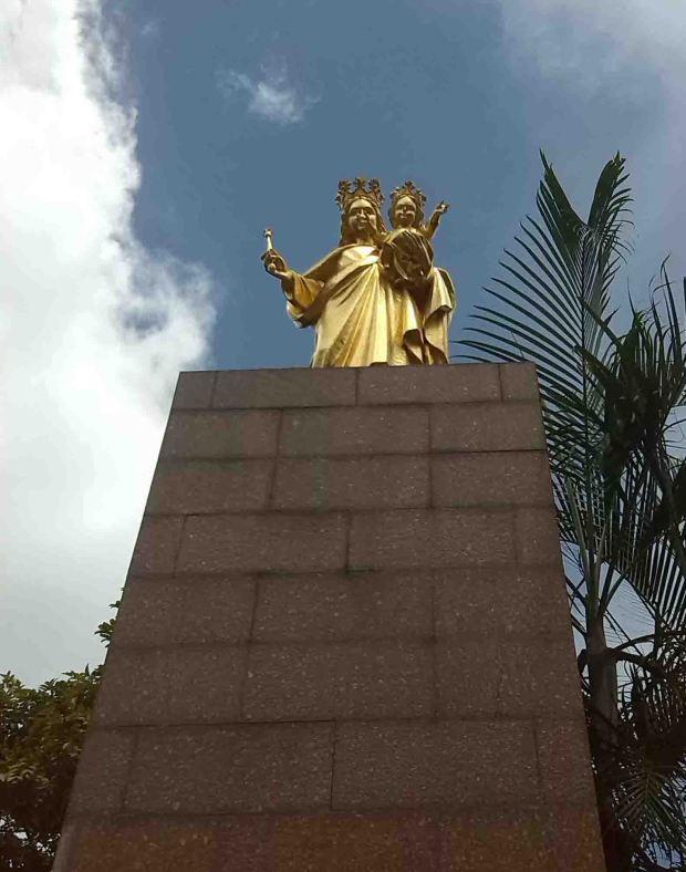 Monumento a la Virgen María Auxiliadora, en Chacao. Foto Nilda Silva, junio 2017.